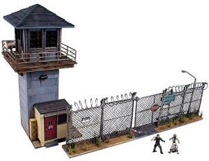 The Walking Dead Building Set: Prison Tower & Gate © McFarlane.com